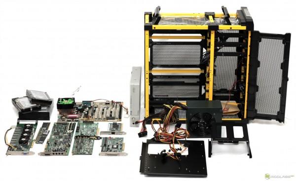 Компьютер с Voodoo 5 6000 - Napalm FX в процессе сборки