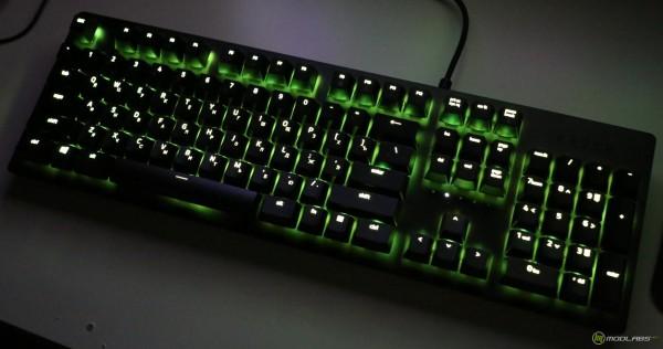Razer Huntsman, подсветка в темноте