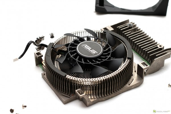 ASUS GeForce GTX 670 DirectCU Mini 2 Гбайт