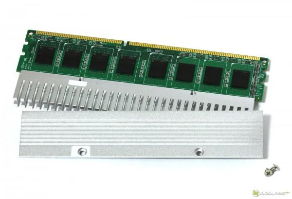 Kingmax Memory DDR-3 1600 Long-DIMM после снятия радиатора