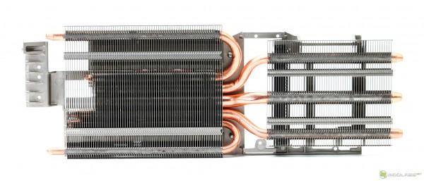 Sapphire Nitro R9 390 8G D5