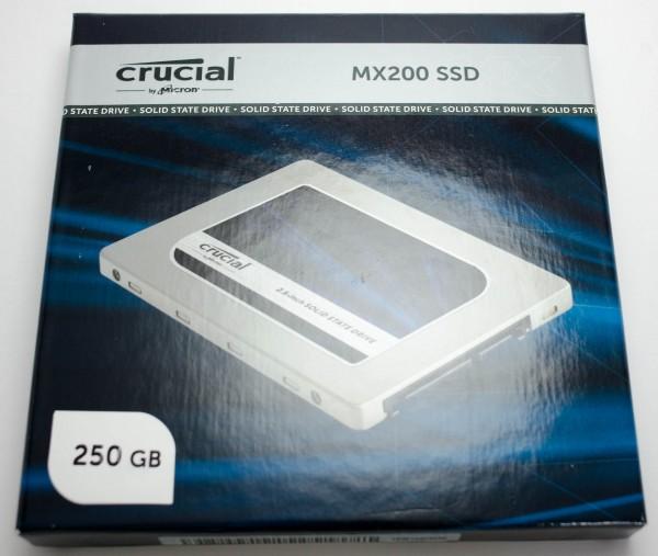 Crucial MX200 250 ГБ - упаковка спереди