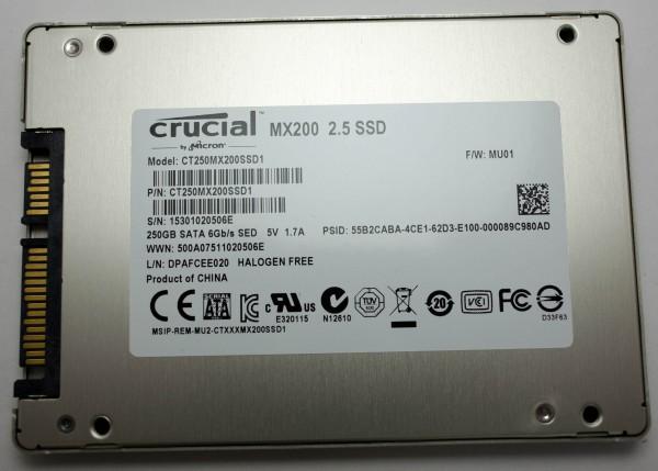 Crucial MX200 250 ГБ - этикетка