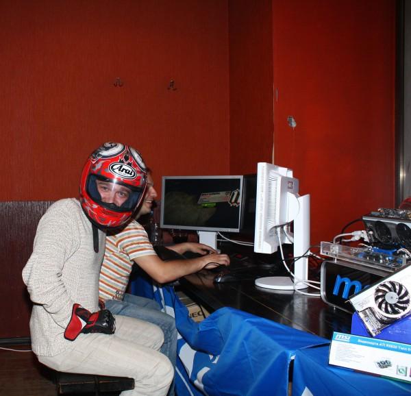 Новый этап погружения в виртуальную реальность. Так страшно, то пришлось одеть шлем