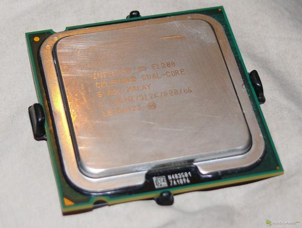 Процессор intel celeron e1200 вид сверху