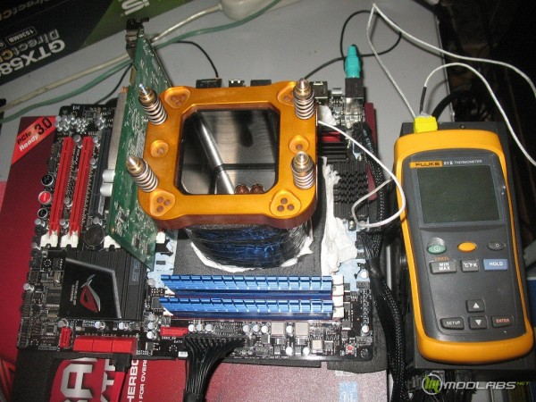 AMD Phenom II X2 565@LN2