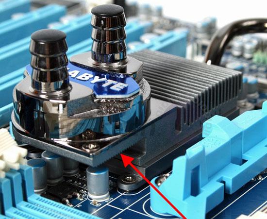 водоблок для Gigabyte GA-890FXA-UD7