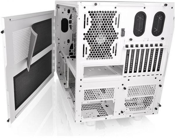 Thermaltake Core X9 Snow Edition