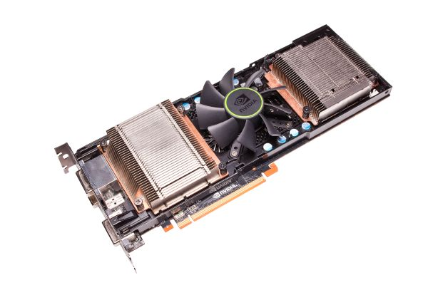 Видеокарта NVIDIA GeForce GTX 590