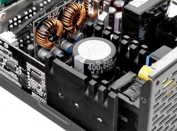 Thermaltake Toughpower Grand RGB Gold (RGB Sync Edition)