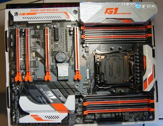 Gigabyte X99 Phoenix SLI G1