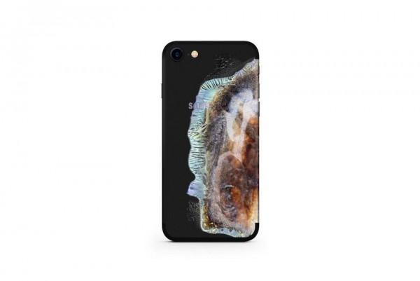 Сгоревший iPhone